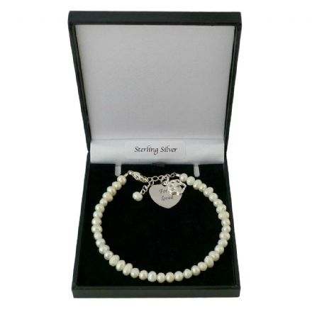 Bracelet with Engraving, Paw charm and Freshwater Pearls